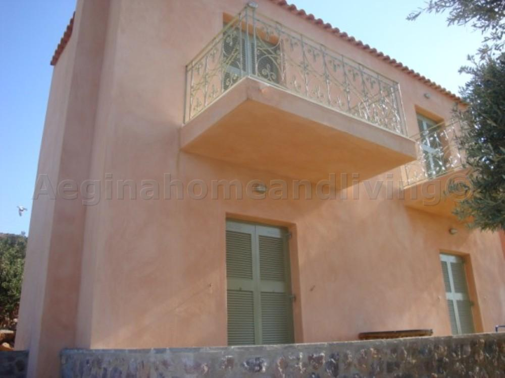 A detached house in south central Aegina - Property Aegina