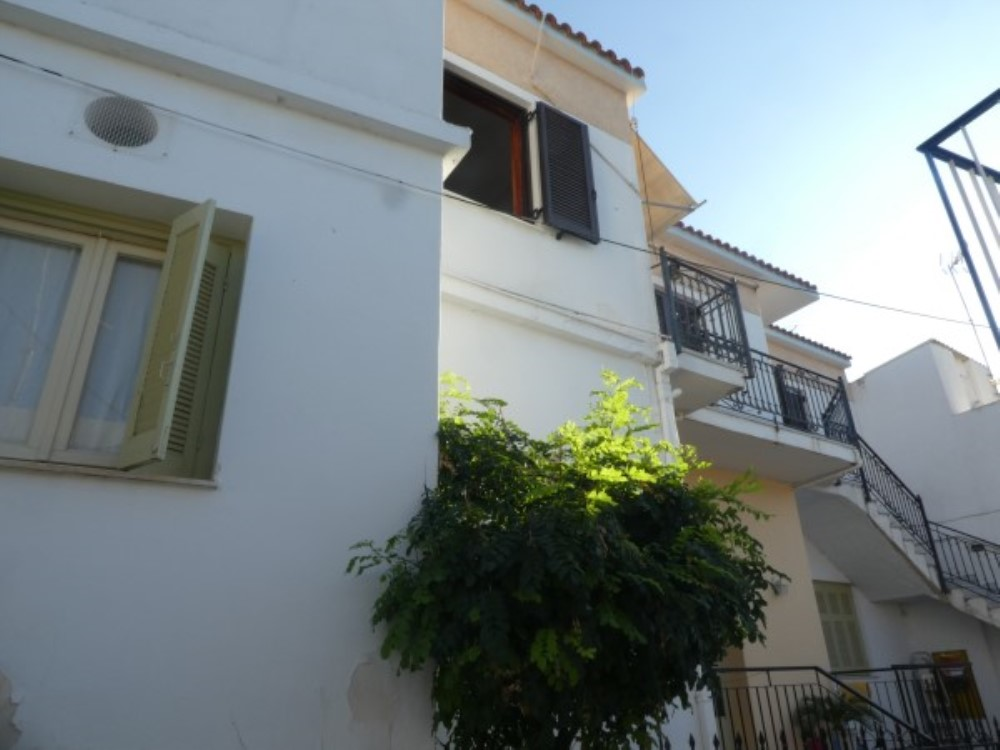 First floor apartment REDUCED IN PRICE! - Property Aegina